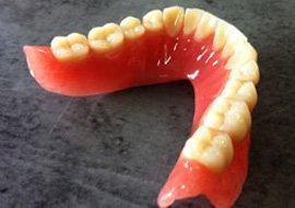 Nous ne sommes pas un cabinet dentaire et ne pratiquons aucun soin
